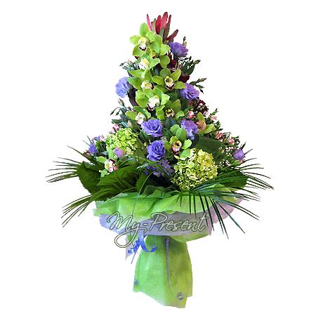 Blumenstrauß aus Orchideen, Hortensien und Lisianthus