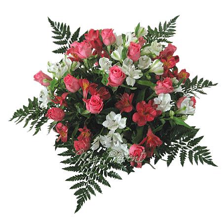 Blumenstrauß aus Rosen und Alstroemerien