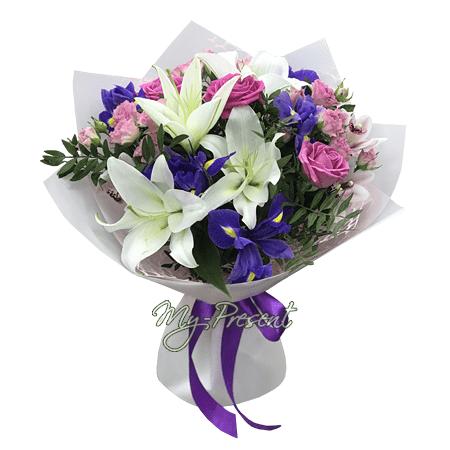 Blumenstrauß aus Rosen, Lilien und Irisen