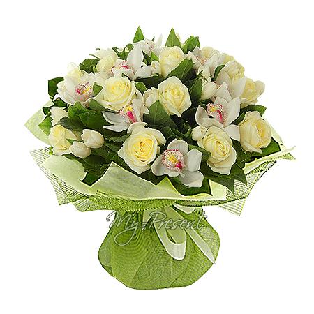 Blumenstrauß aus Rosen, Orchideen und Tulpen