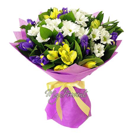 Blumenstrauß aus Irisen, Alstroemerien und Chrysanthemen