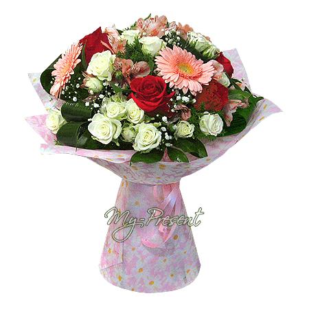 Blumenstrauß aus Rosen,  Alstroemerien und Germinis
