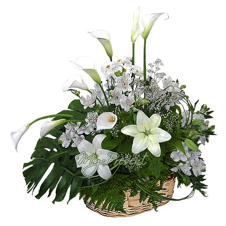 Korb mit Lilien, Calla, Alstroemerien