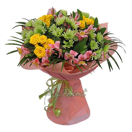 Blumenstrauß aus Rosen, Chrysanthemen und Alstroemerien