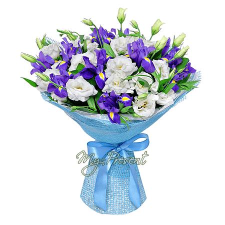 Blumenstrauß aus Irisen und Lisianthus in Kiew