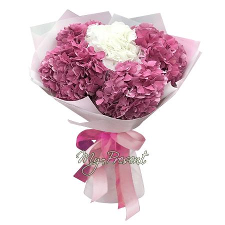 Blumenstrauß aus Hortensien