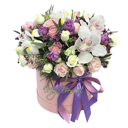 Blumen im Karton