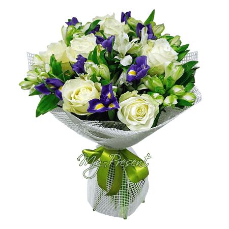 Blumenstrauß aus Rosen, Irisen und Frezia