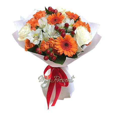 Blumenstrauß aus Rosen, Germinis und Alstroemerien