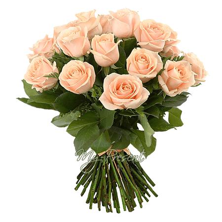 Blumenstrauß aus rosigen Rosen (50 cm.)
